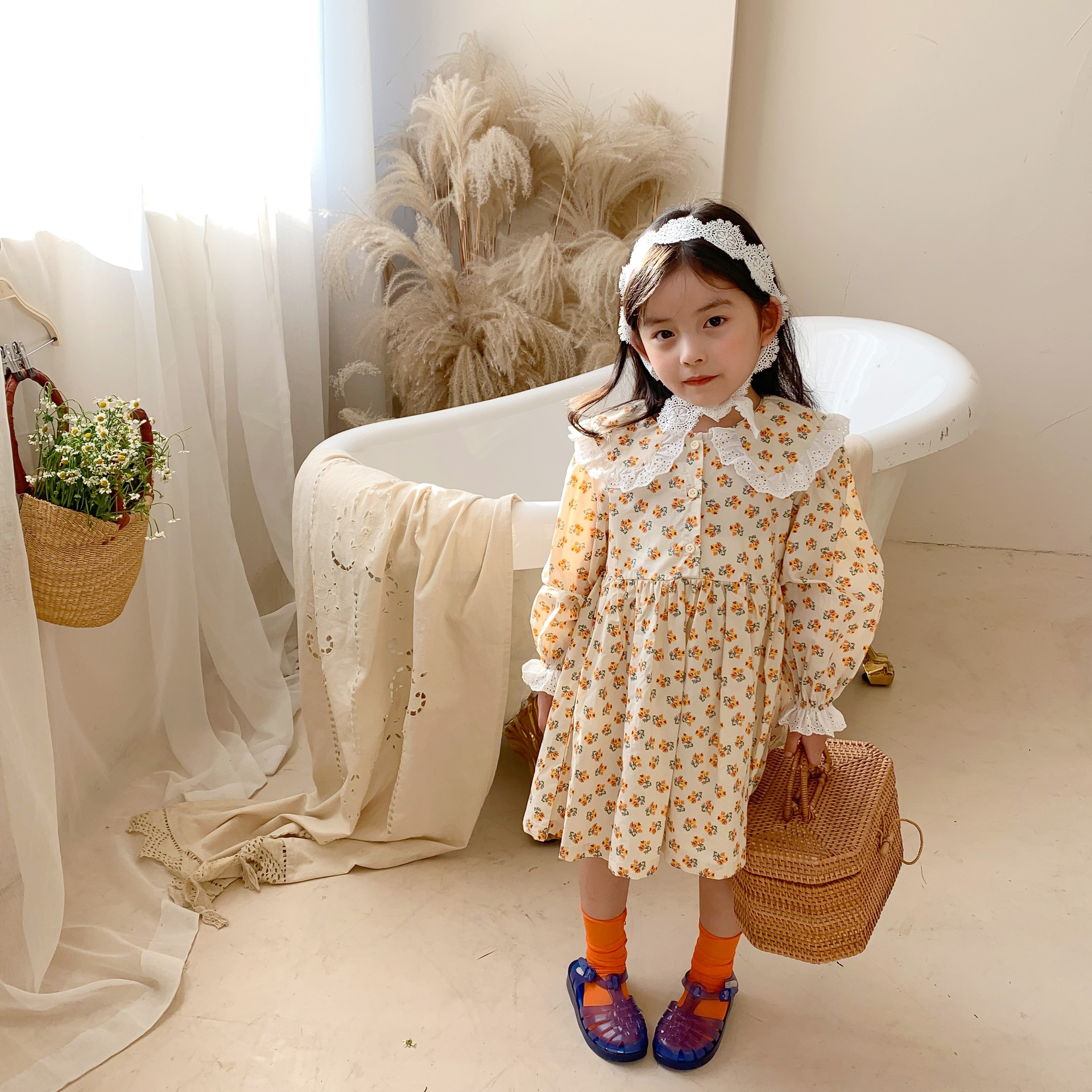 Childrens Clothing 2021 Spring Summer New Arrivals Girls Dress Sweet Floral Doll Collar Princess Lace Skirt