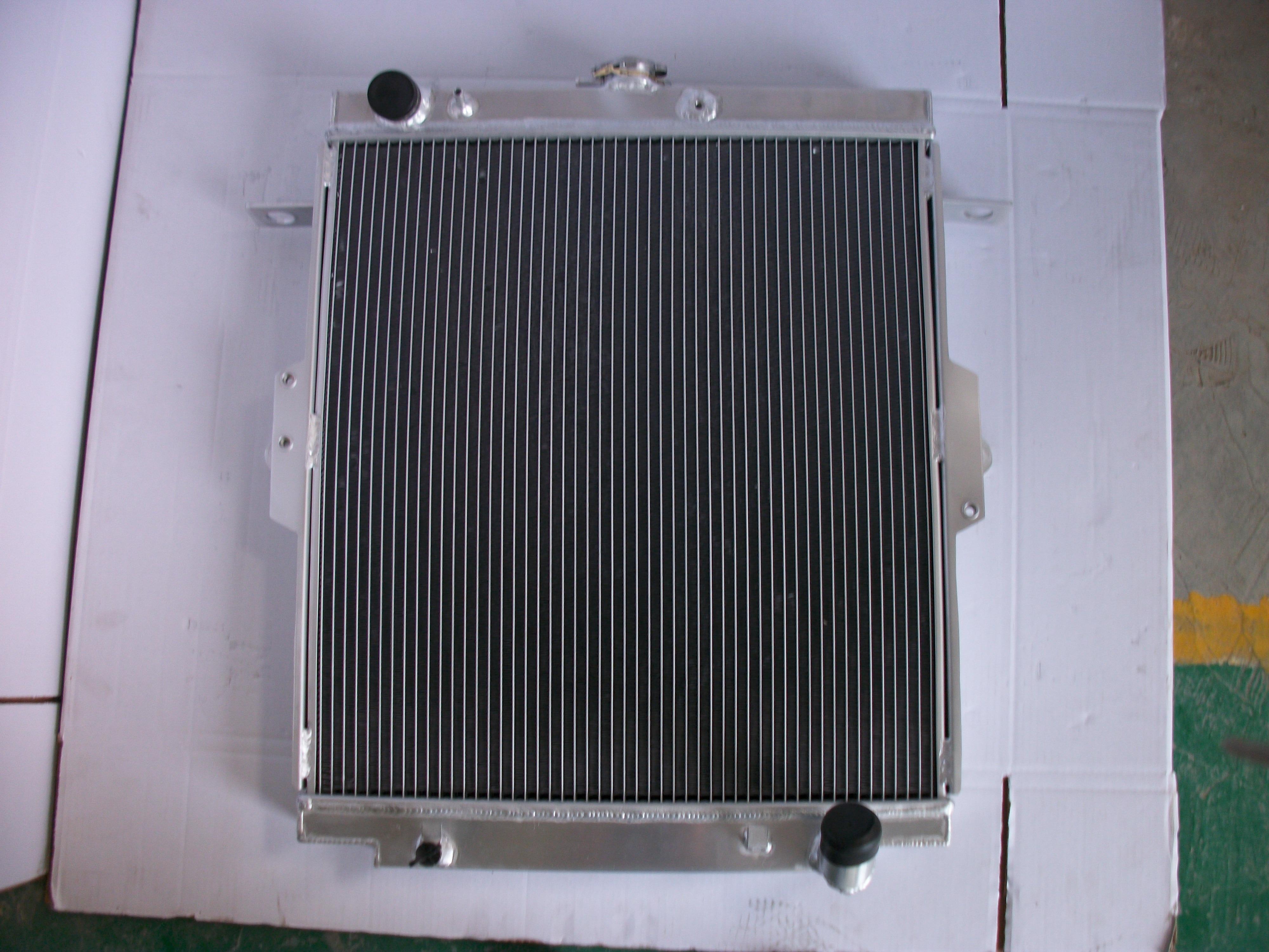 Nuevo radiador de aluminio para Toyota LandCruiser Land Cruiser HDJ81 MT