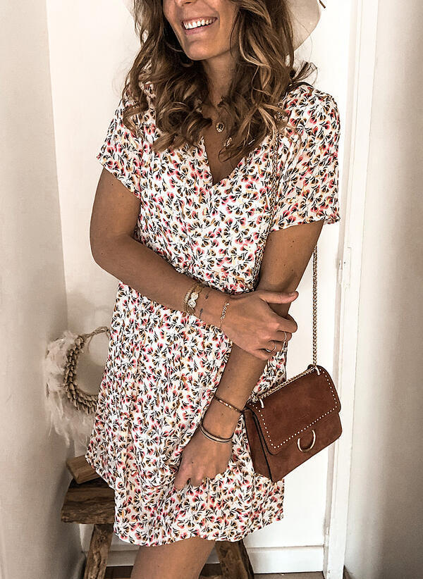 2020 Summer New Hot-selling Sexy Womens Mid-length V-neck Short-sleeved Printed Dress Plus Size