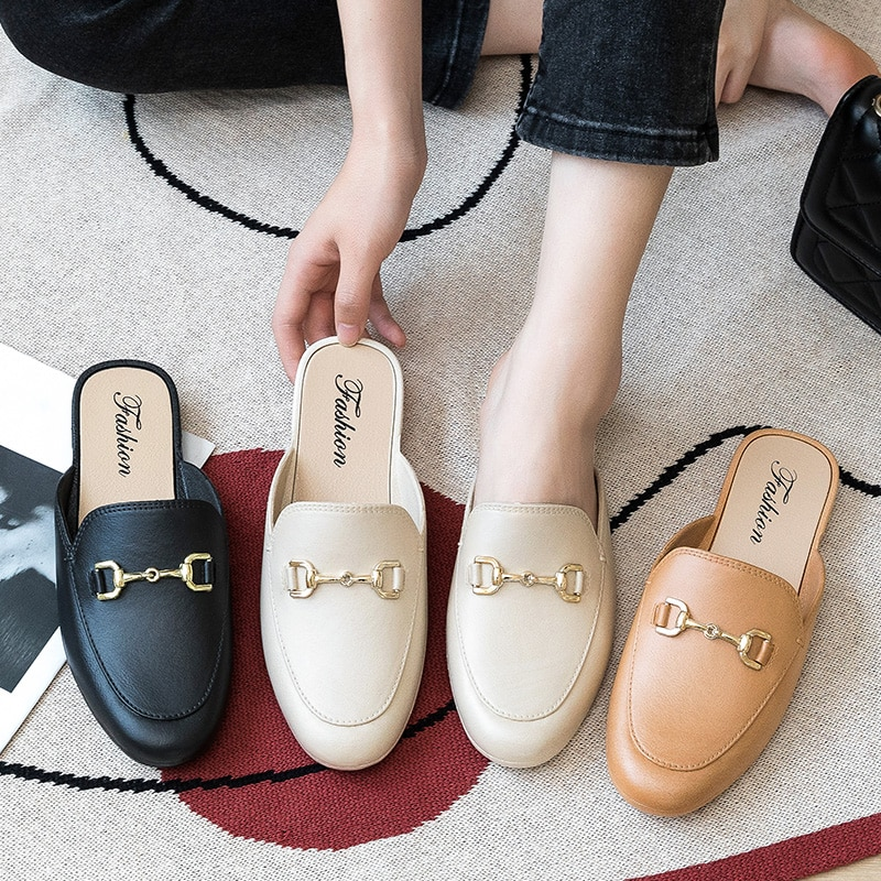 Fashion Jelly Slippers Women Slip on Flat Mules Shoes Pointed Toe Ladies Slides Female Rain Shoes Ou