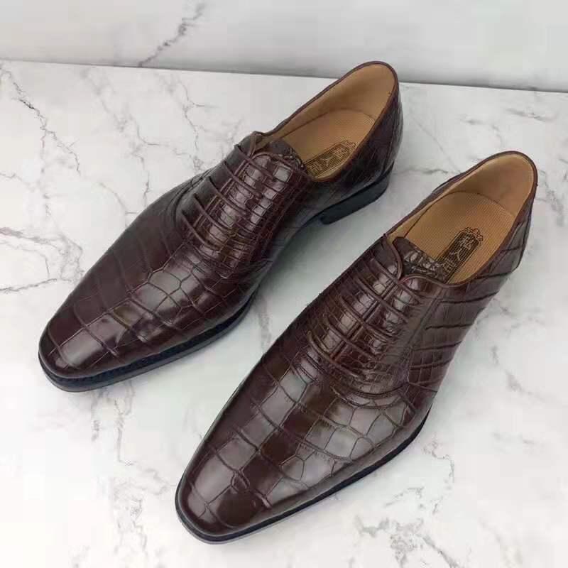 حذاء جلد تمساح أصلي للرجال بلون أحمر ، متين ، 2 لون مختلط ، جلد تمساح لامع ، حذاء عمل ، 100%