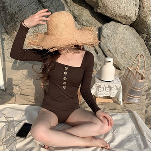 New Fashion Design Women's One Piece Swimsuit Solid Color Long Sleeve Square Neck Wireless Cushion Bath Sexy Swimsuit