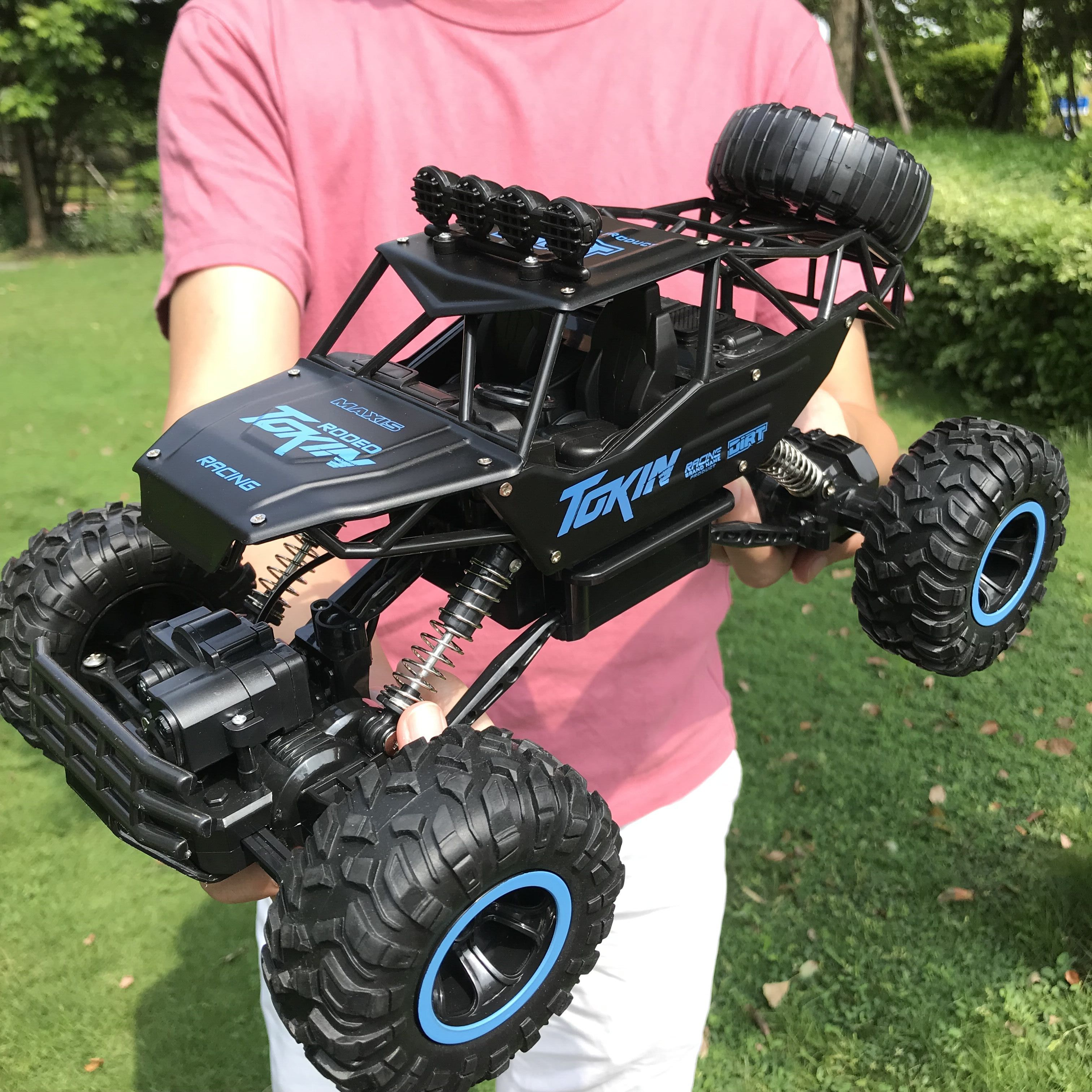 8860 Flytec 15in 37cm Big Size RC Monster Truck Car Climbing Car 4WD Off Road Vehicle Conquering All Terrain RC Toy Car For Kids