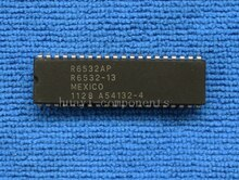 1PCS R6532AP R6532A R6532P R6532 DIP-40 IC