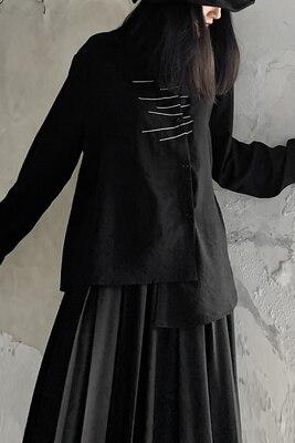 خريف كوليكشن ياماموتو قميص حريمي أسود غير متماثل كم طويل مطرز بخطوط بيضاء