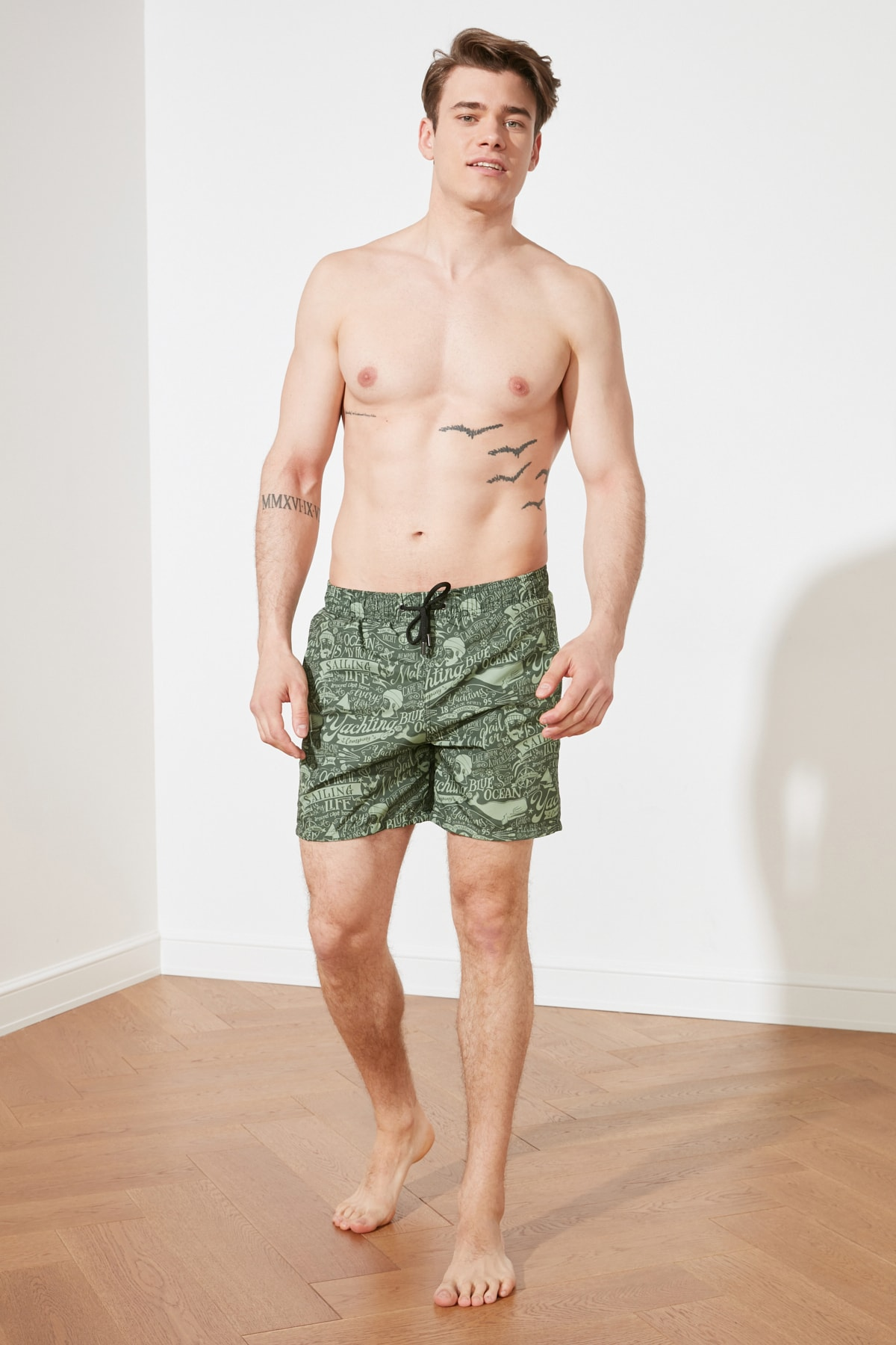 Trendyol Male Lettering Printed New Sea Shorts TMNSS20DS0003