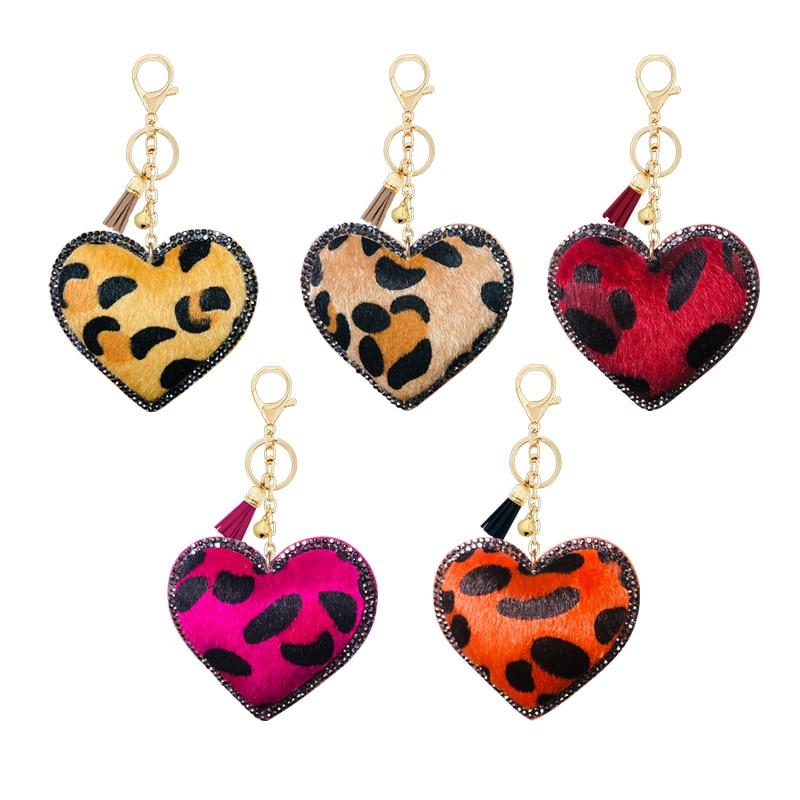 Cachemira coreana leopardo estrás amor corazón pequeño regalo colgante de llavero campana accesorios de borlas colgante bolsa de coche