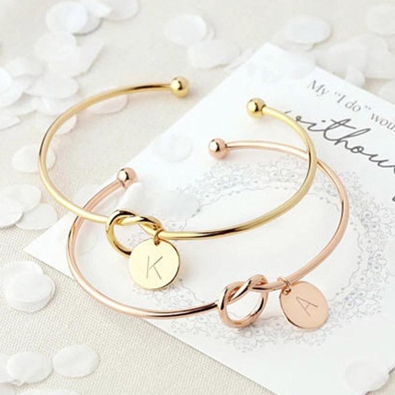 Mode Link Armband Rose Gold/Silber Farbe Legierung 26 Buchstaben Knoten Charme Marke Armband Weibliche Persönlichkeit Schmuck Pulseiras