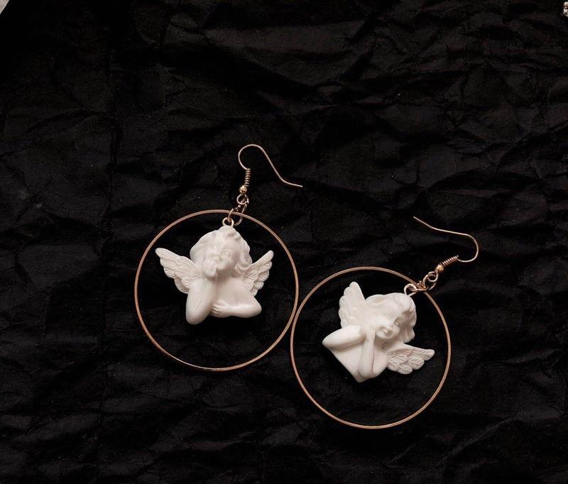 Асимметричные милые Золотые круглые серьги-капли в форме Купидона ангела, ювелирные изделия в форме ребенка, милые серьги для женщин, подарки для девочек