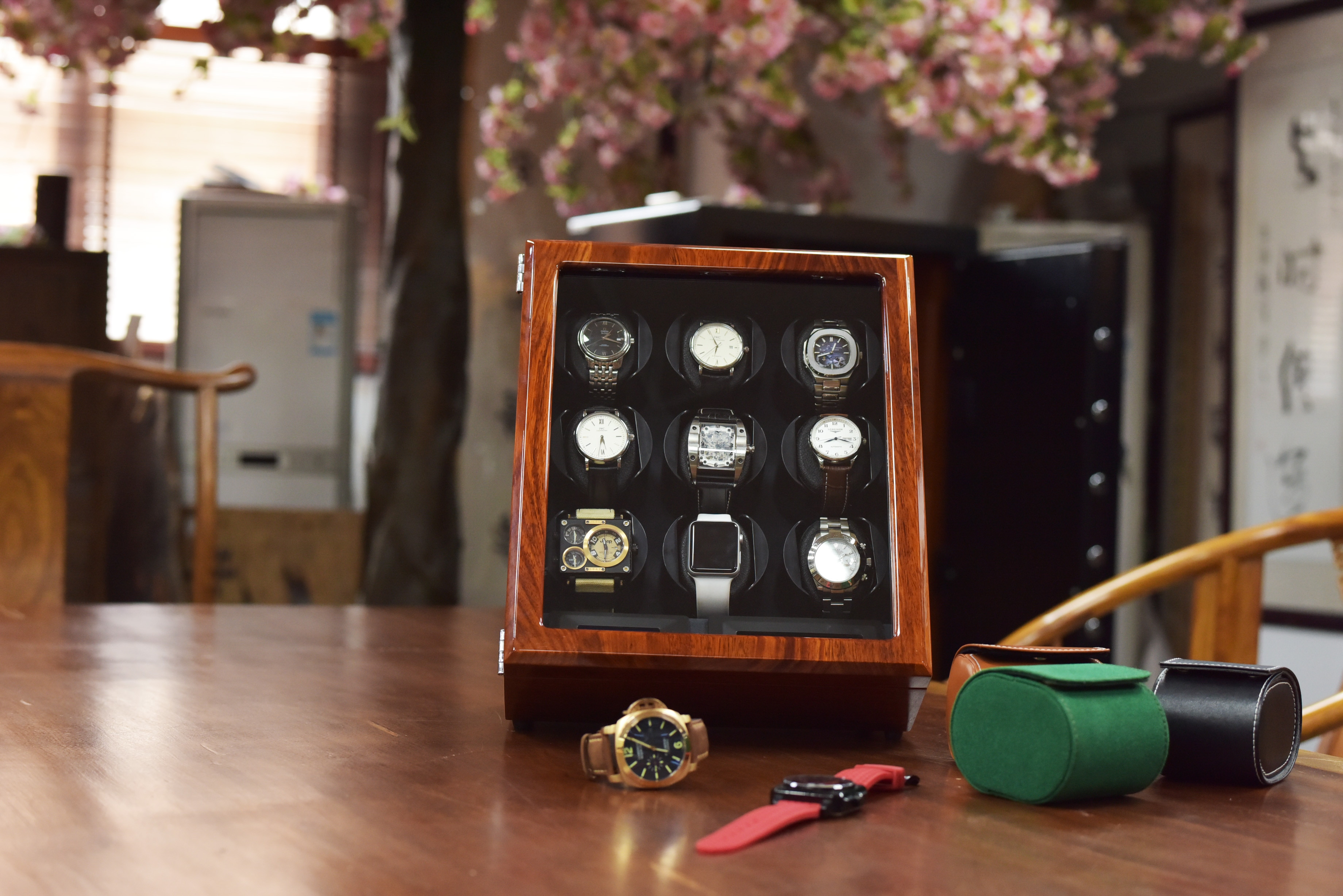 Luxury 9 Slot Automatic Watch Winder LCD Control Watches Wooden Boxes Brown Glossy Lacquer Battery Powered Wooden Watch Box Gift enlarge
