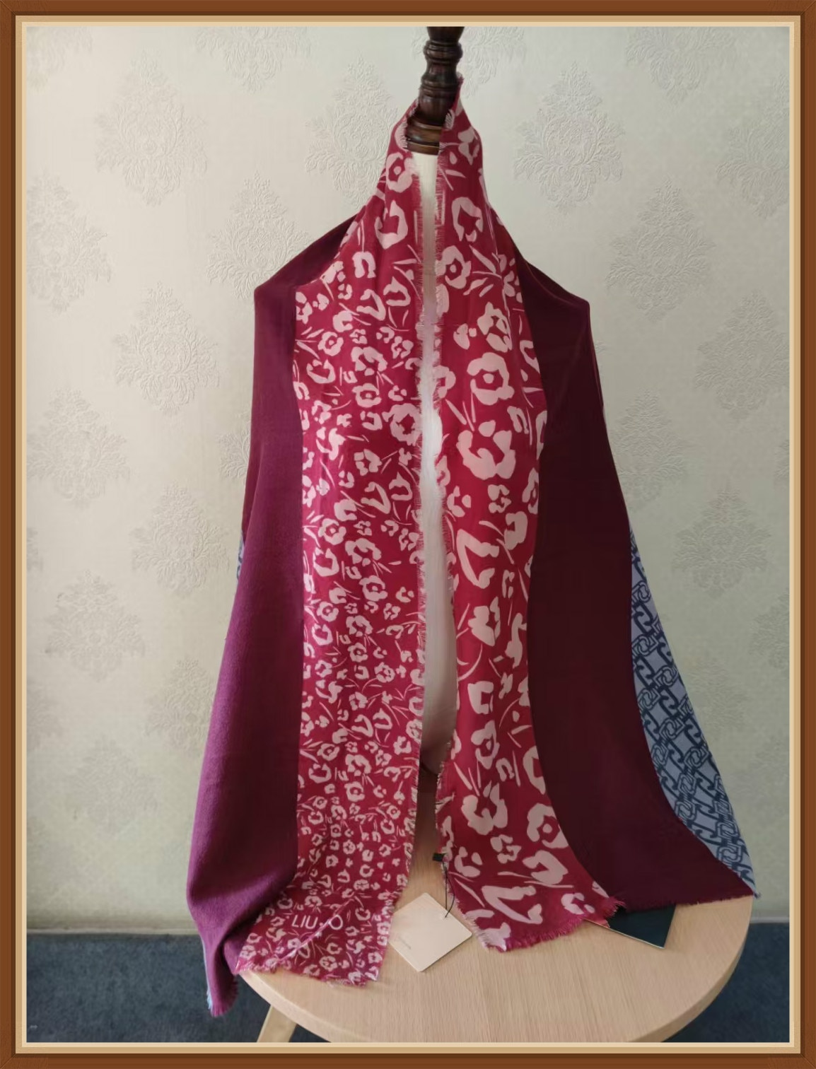 Italian foreign trade ladies winter and winter warm fashion scarf flower design broken flower patchwork long scarf versatile new