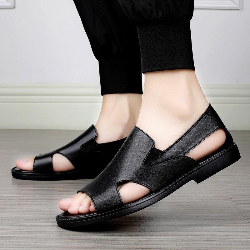 2021 جديد الصنادل الرجال الجلود المصممين الكلاسيكية الرجال الصنادل لينة الصيف الأحذية جلد طبيعي صندل Sandalias Hombre 45