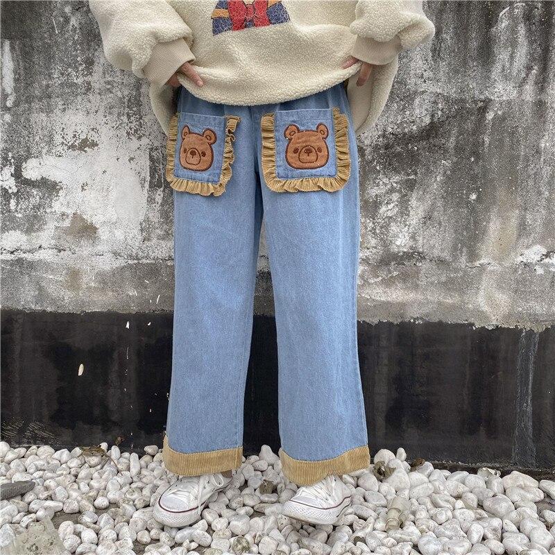 Японские кружевные прямые джинсы с большим карманом и вышивкой головы медведя для девочек-подростков; студенческие осенние и зимние свобод...