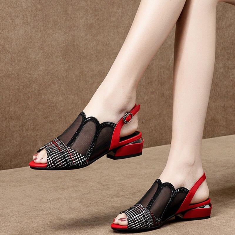 زقزقة اصبع القدم النساء الصنادل ، منخفضة كعب مربع ، امرأة شبكة الأحذية ، عارضة الجوف خارج مشبك حزام ، 2021 الربيع الصيف جديد ، حجم كبير ، أسود أح...