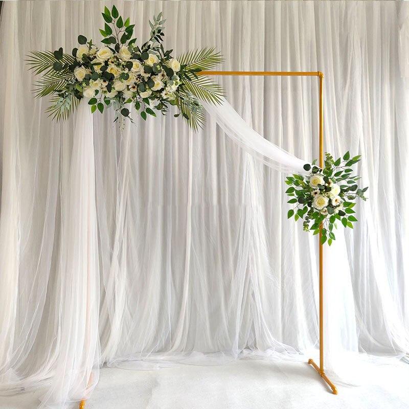 إطار زخرفي من الحديد المطاوع لقوس الزفاف ، رف جداري مخصص لخلفية حفلة عيد الميلاد باللون الذهبي والأبيض