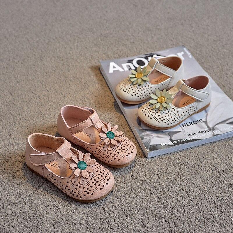 Children Half Sandals for Girls Floral Sweet Princess Kids Flats 2021 Spring Summer Cut-outs Breathable Soft Kids Sandals Flower