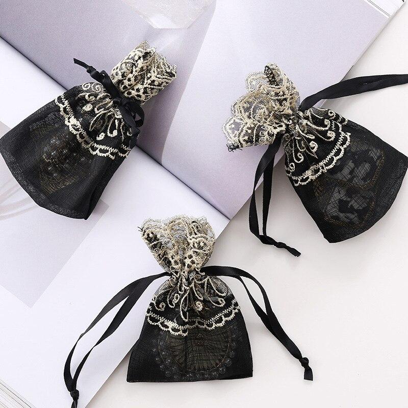 12 Uds. Bolsa de embalaje con cordón, pequeñas bolsas de regalo, adorno chapado en oro de encaje negro, organizador de joyas y cosméticos para maquillaje, contenedor hecho a mano 10*14
