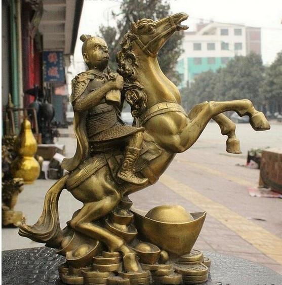 YM  308   China Brass Yuanbao Monkey King Sun Wu Kong Hand Prayer flag Ride Horse Statue