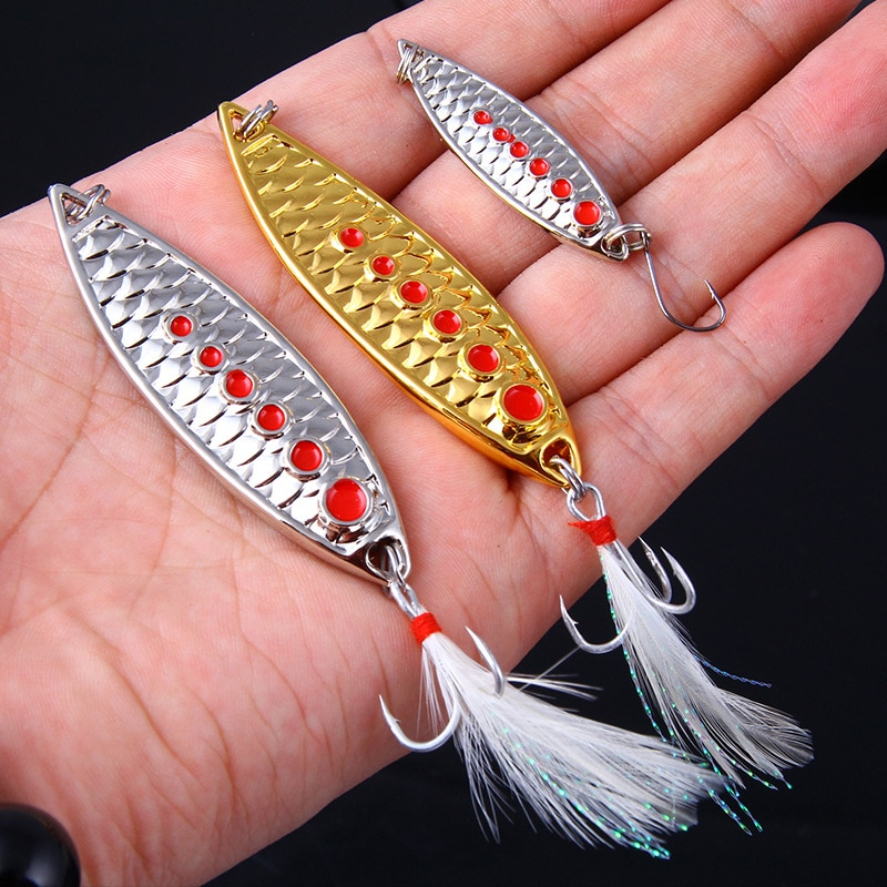 5/7/10/15/20g ouro prata metal vib iscas pena slot sangue gancho colher isca isca de pesca baixo isca artificial duro