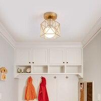 Потолочный светильник геометрической формы Посмотреть