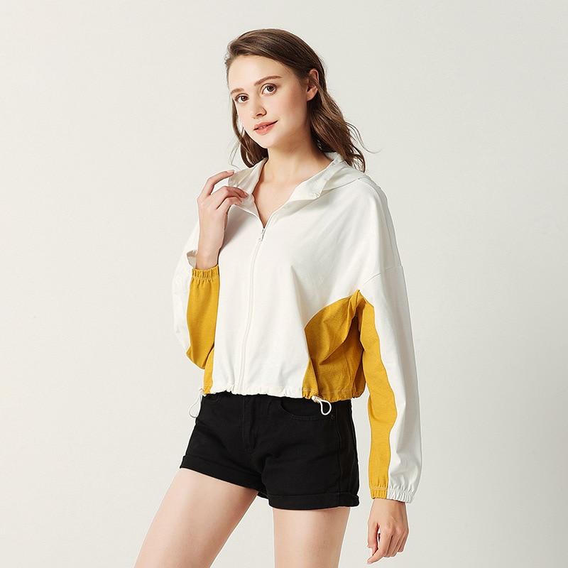 قميص صيفي سورونا بأكمام طويلة مع قلنسوة للحماية من الشمس قميص حريمي ملابس منزلية فضفاضة لون نقي قمصان حريمي