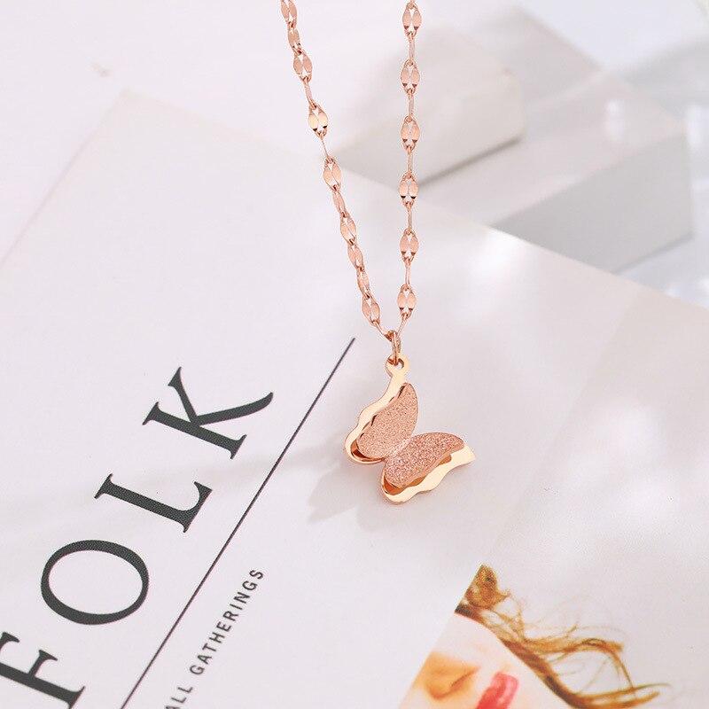 Collares de mariposa de acero inoxidable de la tarjeta del deseo para mujeres lindos animales colgantes gargantilla joyería de moda regalo boucle doreille NE95