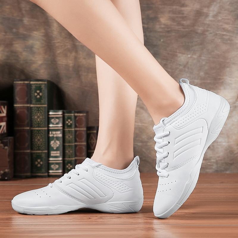 Lightweight white soft athletics Dance Shoes women Comfortable Gym Aerobics Sneakers Girls Ladies Tr