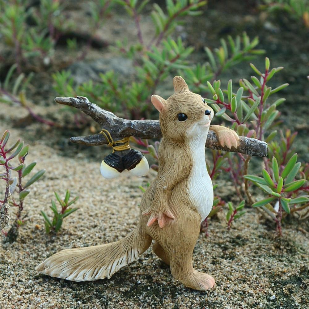 Everyday Collection Squirrel Animal Figurine  Miniatures Fairy Garden Ornaments Home Decoration Friends Gift Bonsai Decor