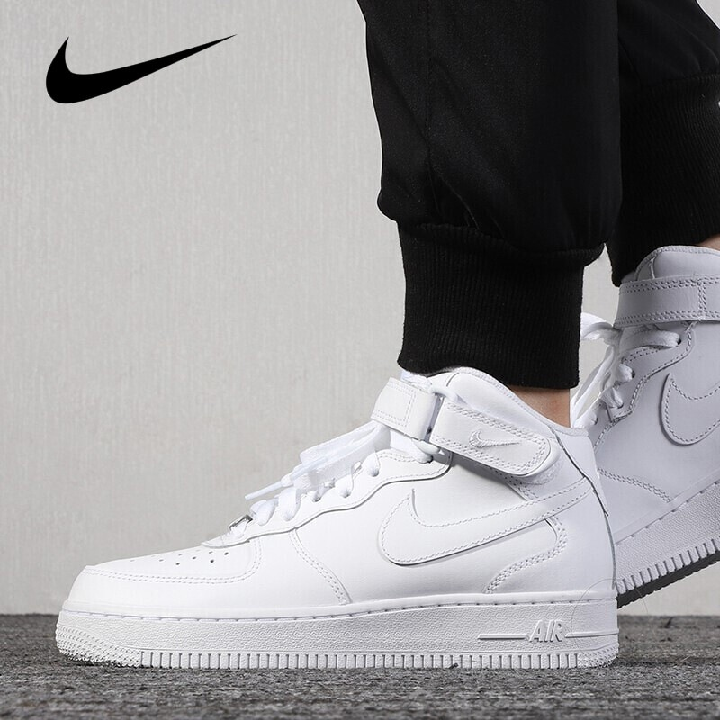 Original Fashion High-top Air Force 1 AF1 Men's Skateboarding Shoes Sports Wear Resistant Outdoor Wo