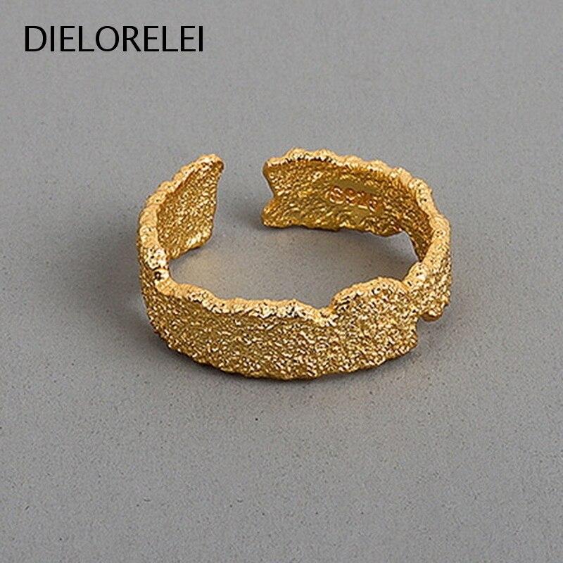 Женское-кольцо-из-серебра-925-пробы-с-защитой-от-аллергии