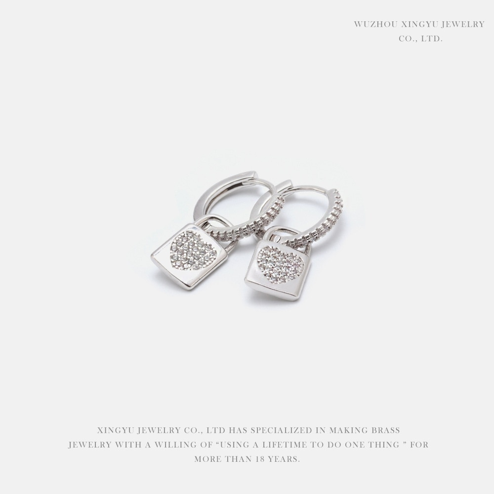 De moda cúbico circón crysta lindo pendientes de cerradura coreano pendientes de aro de la moda para mujeres joyería de la boda 2020 серьги кольца