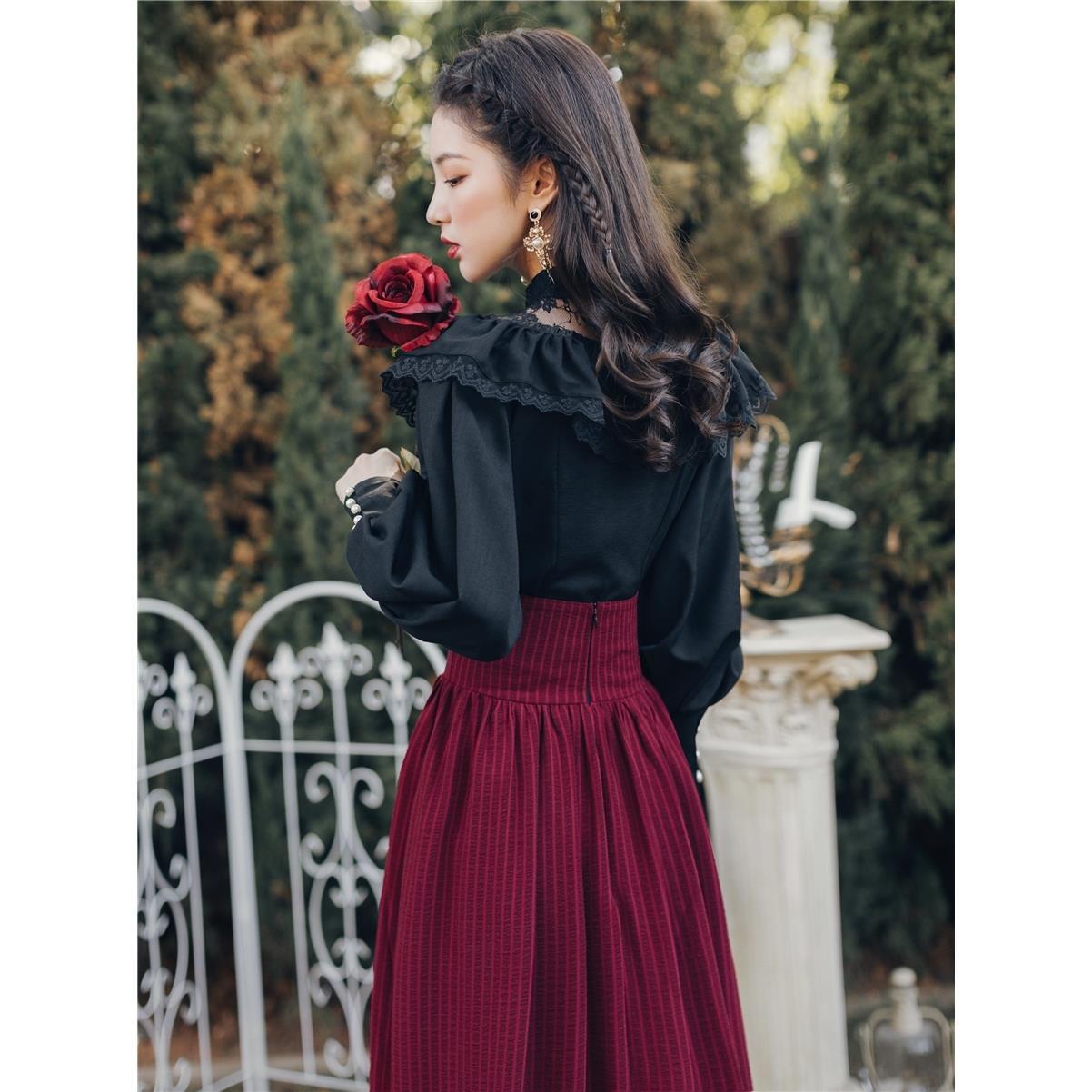 2021 ربيع جديد المرأة فستان ريترو المحكمة نمط قميص أسود مع تنورة طويلة اثنين دعوى الاجتماع السنوي Argyle مجموعة ملابس الشاطئ
