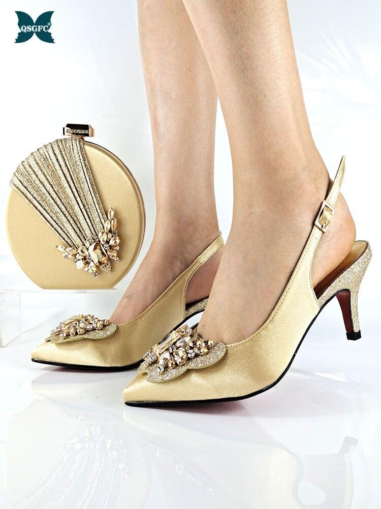 التصميم الإيطالي أحدث خاص فراشة Kont نمط النيجيري النساء الأحذية و مجموعة الحقائب مزينة حجر الراين باللون الذهبي