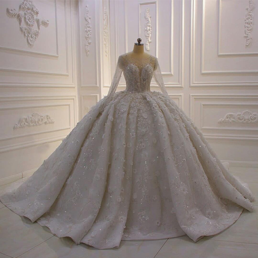 فساتين زفاف دانتيل جديدة يزين الديكور زي العرائس مخصص س الرقبة طويلة الأكمام سويب قطار الكرة ثوب الزفاف