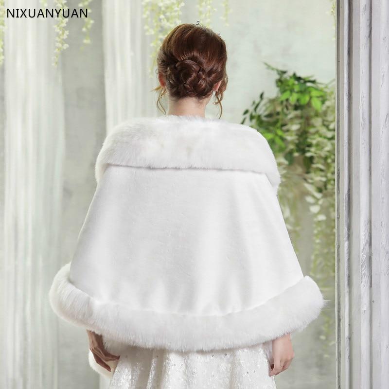 Червено / бяло сватбено болеро зимно - Сватбени аксесоари - Снимка 5