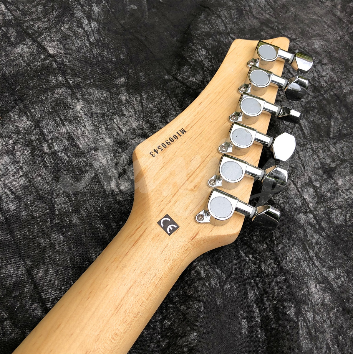 2021 New Glossy Orange Color 6 String Solid Wood  Electric Guitar,Real Photos,In Stock,Free Shipping enlarge