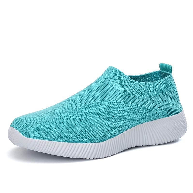 Comfortable, Breathable And Affordable Slip-on Sneakers Round Toe Low Cut Walking Fly Woven Shoes For Men And Women