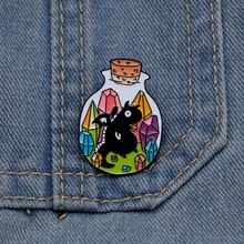 Épinglettes de bouteille dinsigne de Dragon de trésor pour lhomme et les femmes chapeau de revers/sac épingles démail veste en jean broches de goutte dhuile S201