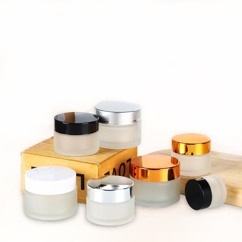 الجملة الفاخرة ماتي الزجاج جرة مع الذهب الأسود الفضة غطاء زجاجة مستحضرات التجميل للعناية بالبشرة لوشن كريمي للوجه subpack الحاويات