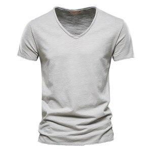 Men's casual 100% cotton V-neck men's T-shirt fashion slim T-shirt short-sleeved T-shirt