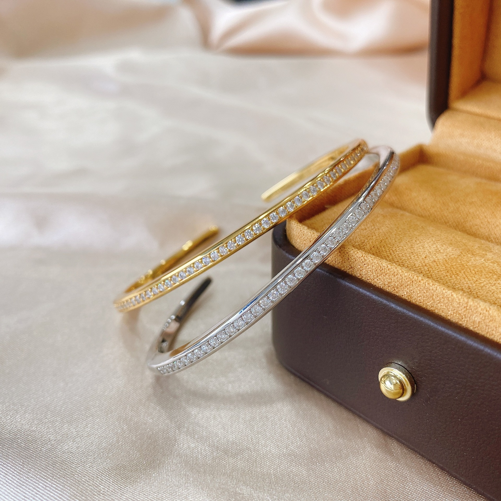 Promo 2021 Moissanite  Diamond Bangle Cuff For Women Bridal 100% Real 925 Sterling silver Wedding Bracelet Bangle Trendy Party Jewelry