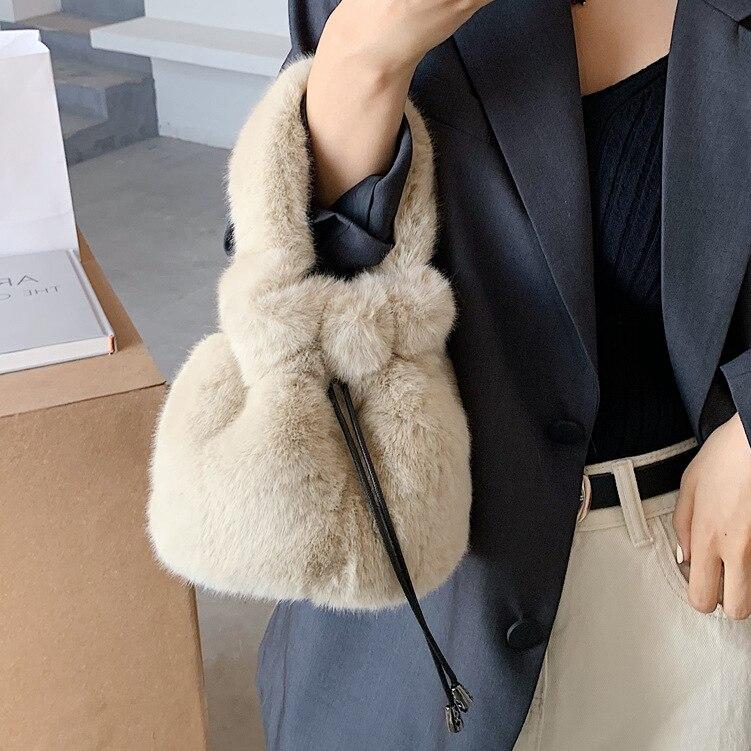 2020 nova moda versátil de pelúcia bolsa de ombro único moda retro balde saco de estilo estrangeiro