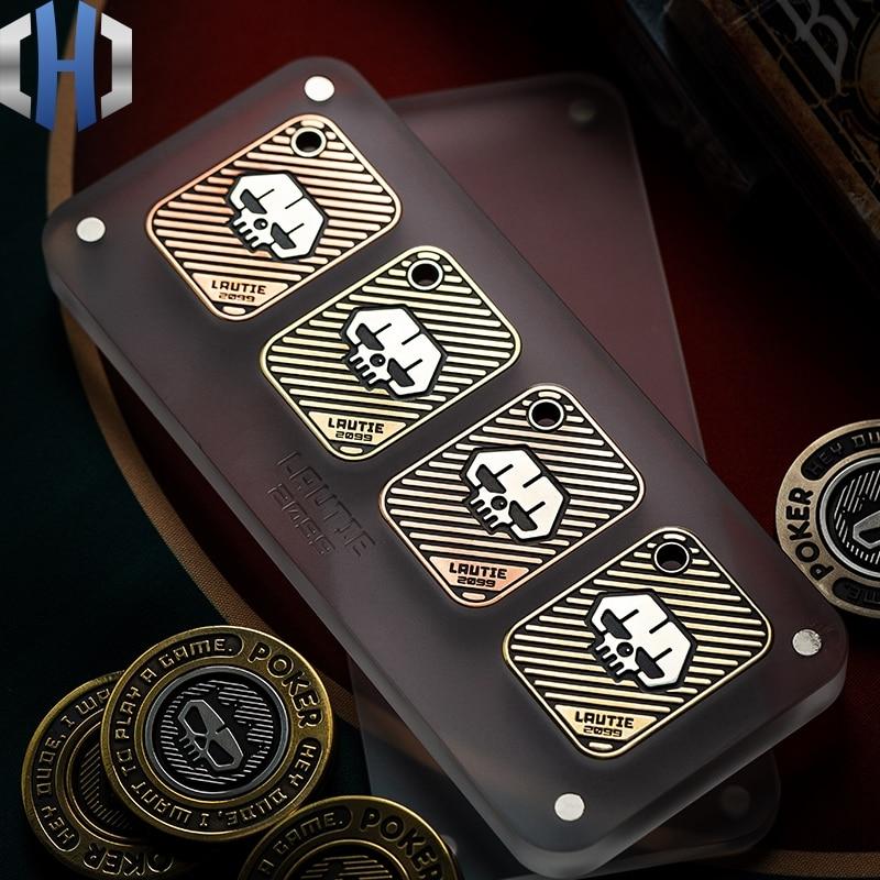 LAUTIE Lucky Poker Coin Texas Holdem Poker Card Crimper Metal Mini Custom Creative Playing Card