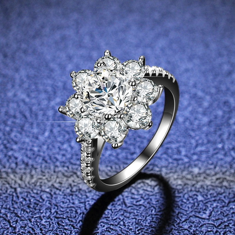 Review Moissanite Diamond Ring Woman 925 Sterling Silver Sunflower Flower Shape 2 Carats D Color Engagement Wedding Jewelry