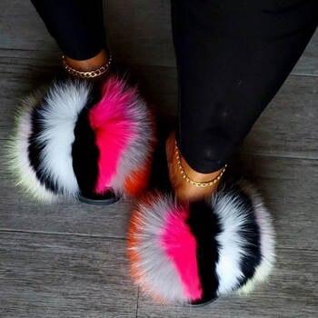New Arrival Girl Luxury Fluffy Fur Slippers Ladies Indoor Warm Furry Fur Flip Flops Women Amazing Plush Fur Slides Wholesale Hot