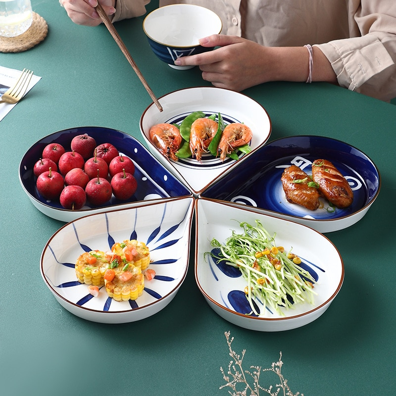طبق سيراميك مع مزيج من الأطباق الإبداعية للمنزل ، طقم أطباق منزلي من الأسماك المرسومة يدويًا ، أطباق يابانية وكورية