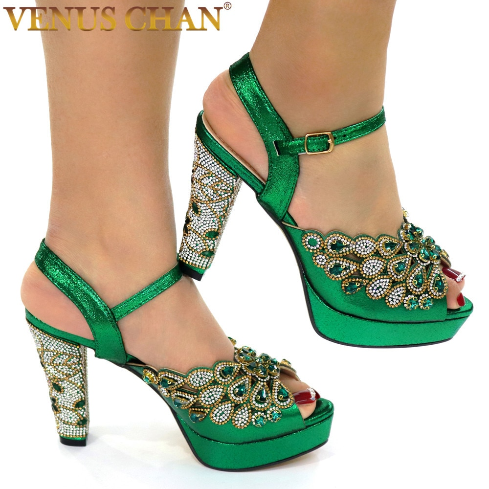 حذاء حريمي جديد مثير بكعب عالي حذاء حريمي للحفلات موضة 2021 وصل خصيصًا حذاء نسائي بلون أخضر نيجيري