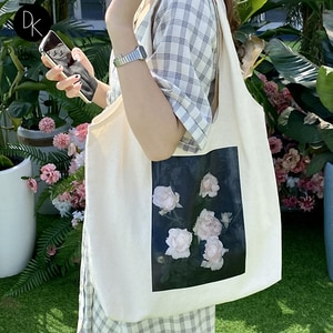 Women Canvas Shopping Bag Female Literary Style Oil Painting Flower Shoulder Bag Personalized Retro Handbag Reusable Casual Tote