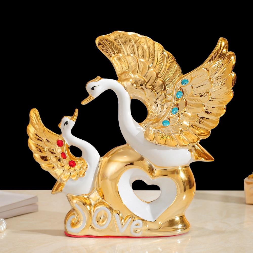 A venda direta de cerâmica ornamentos cisne presente de casamento sala de estar armário do vinho decorações home presente de inauguração nova sala varanda