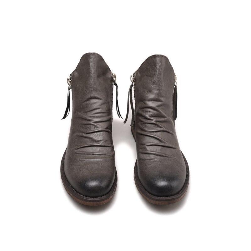 الخريف والشتاء 2021 جديد الرجال الموضة مزدوجة سستة المضادة للانزلاق أسفل الرجال الأحذية شرابة الديكور شخصية hlالبيع HL570
